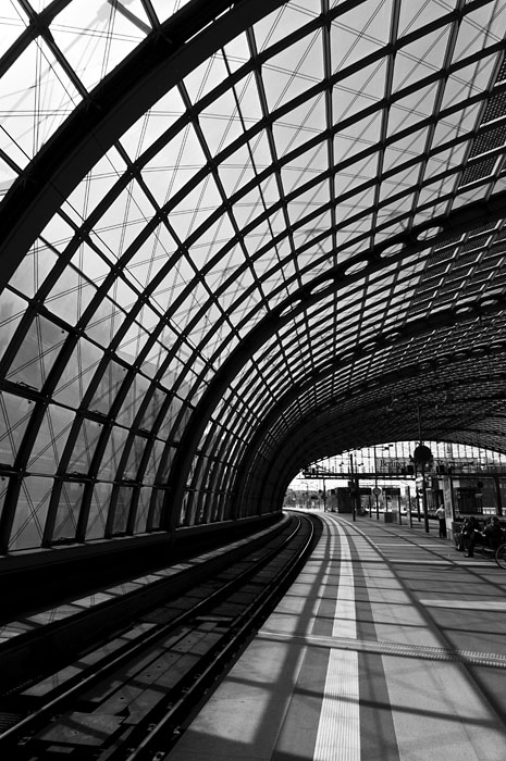 Berlin Hauptbahnhof (main train station)